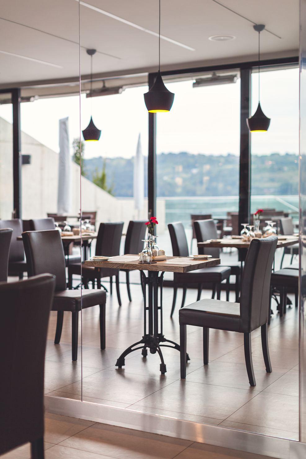 Restauracja Marina Jezioro Rożnowskie Heron Live Hotel