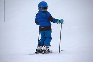 Co zabrać na narty z dzieckiem?