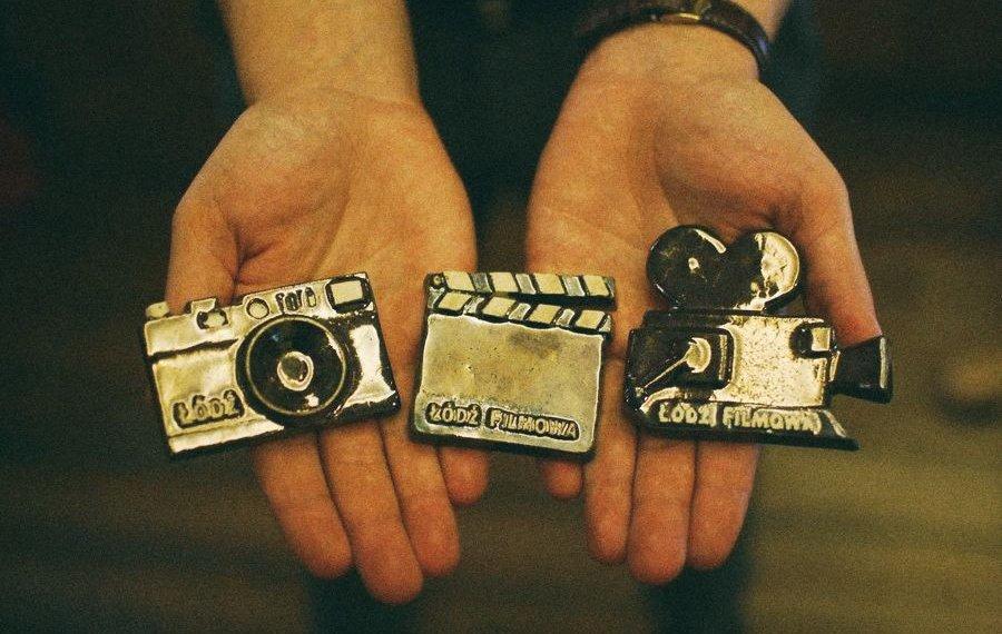 Pomysł na prezent świąteczny - filmowe magnesy ceramiczne
