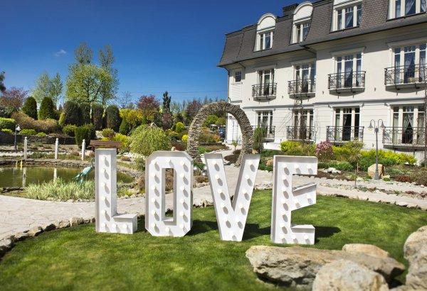 Love Inschrift