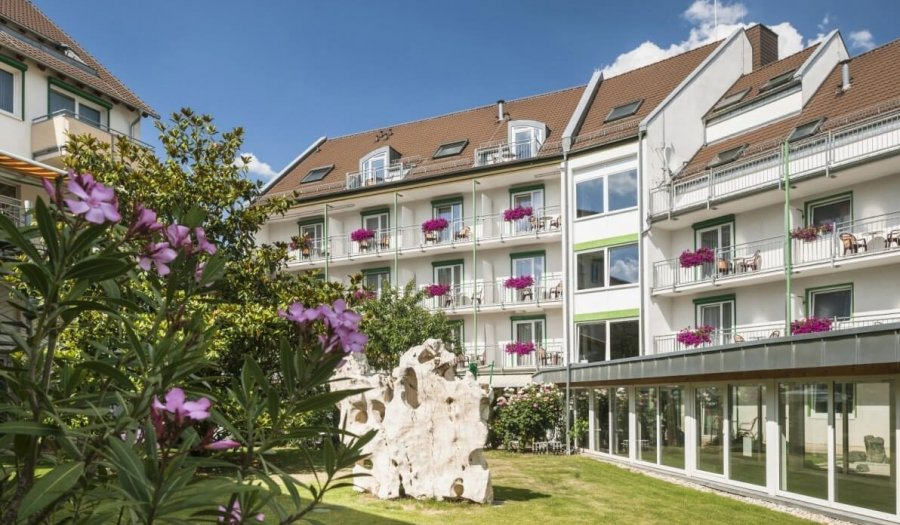 Inclusive services in the wellness and garden hotel Heusser