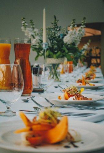Poznaj miejsce, w którym   odbywają się najlepsze imprezy rodzinne. Spędzony u nas czas pozostanie w pamięci na długie lata.