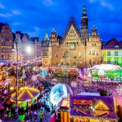 From November 23 to the end of December, the Market Square and the area will turn into a big Christmas Market