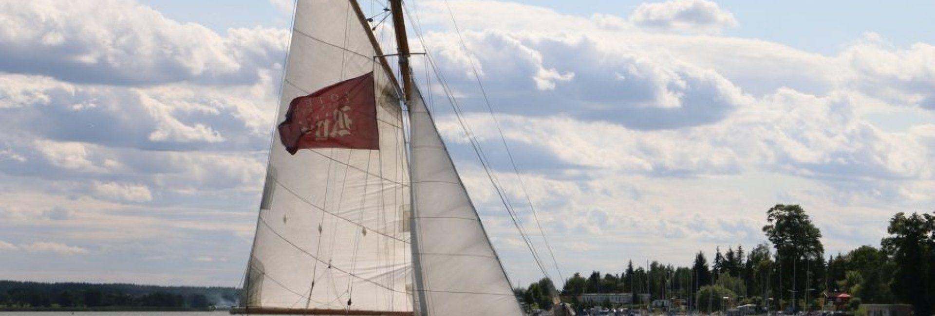 Jacht flagowy Hotelu Zamek Ryn