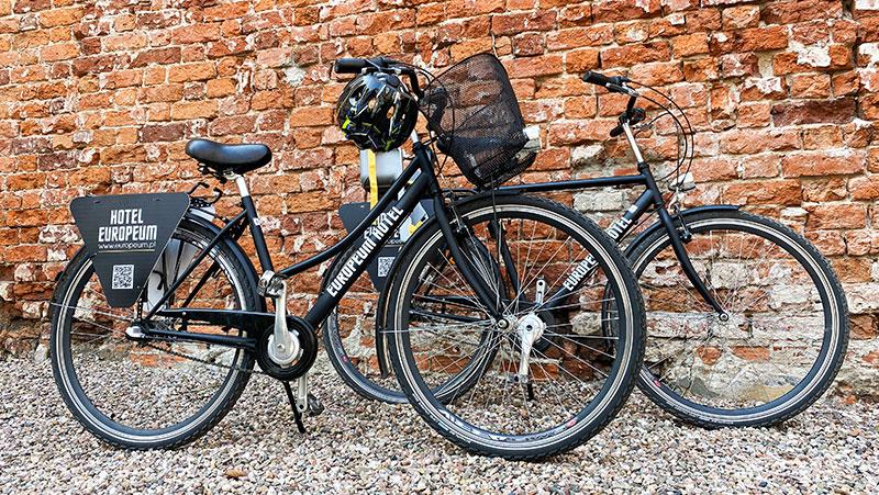 Wypożyczenie rowerów w hotelu Europeum