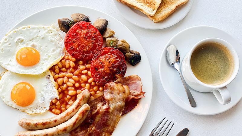 Śniadanie angielskie w Europeum