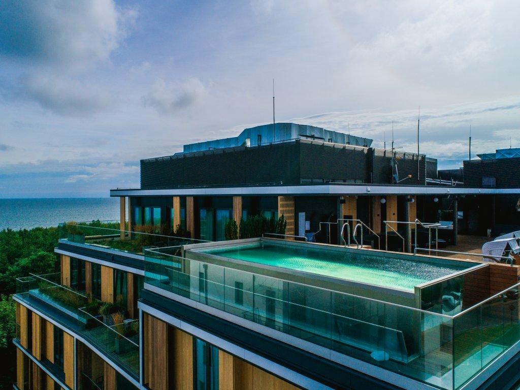 weekend-w-hotelu-z-basenem-na-dachu