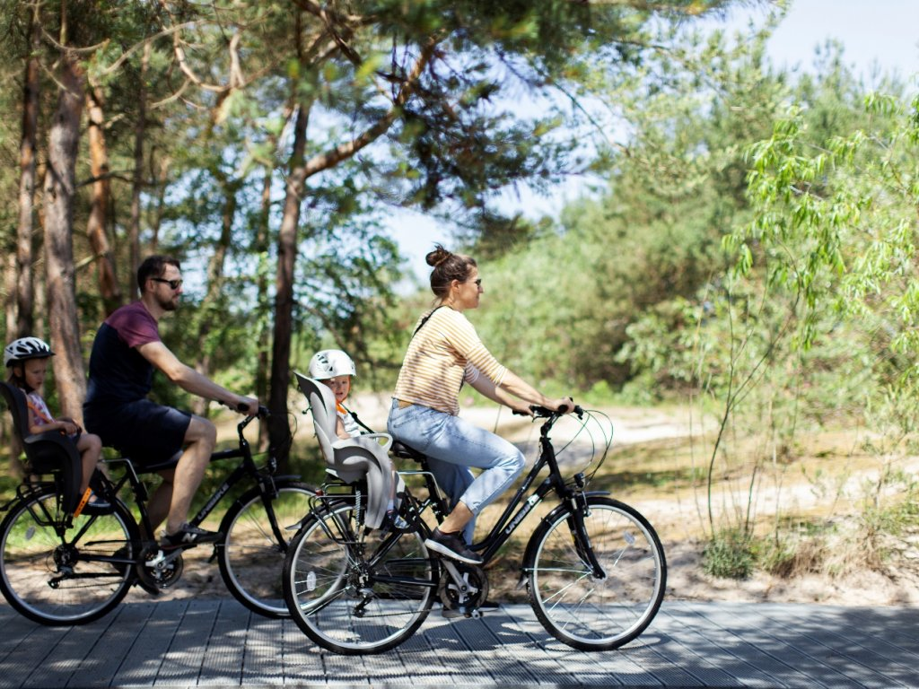 wycieczka rowerowa z dziećmi nad morzem