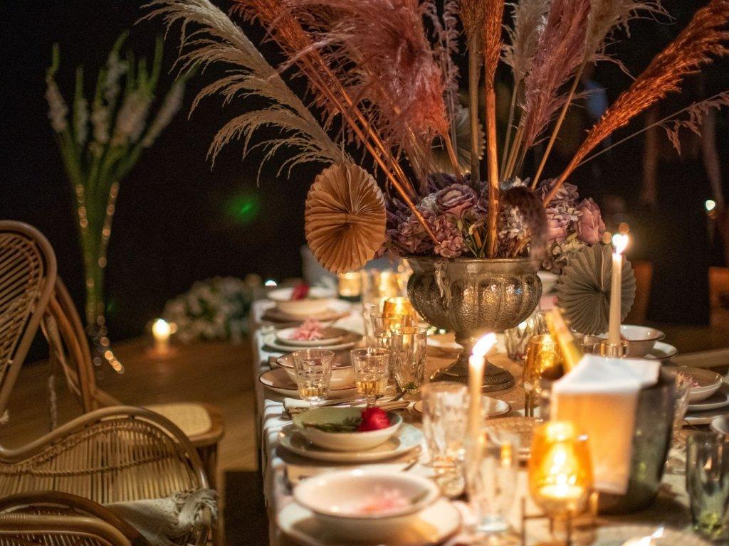 romantyczna kolacja z okazji rocznicy ślubu