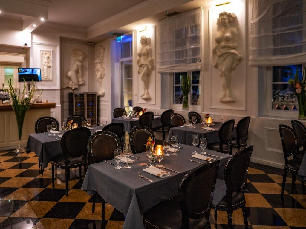 romantyczna restauracja pod Warszawą