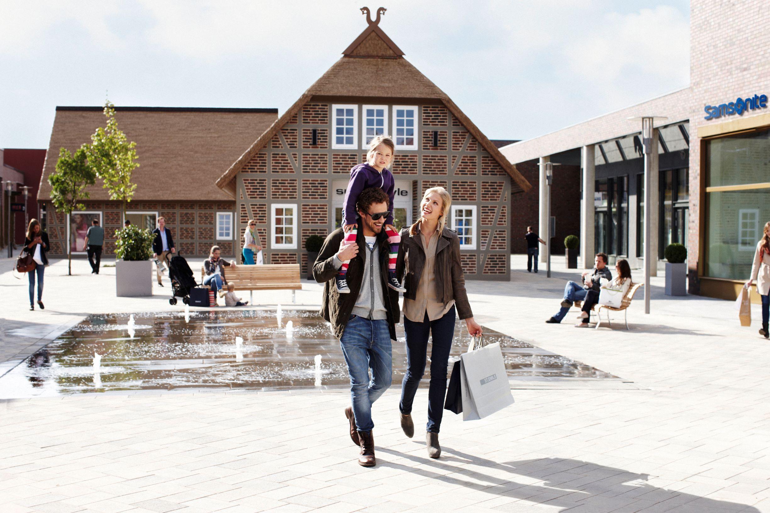 Designer-Outlet Soltau - Angebote & Shoppingerlebnis
