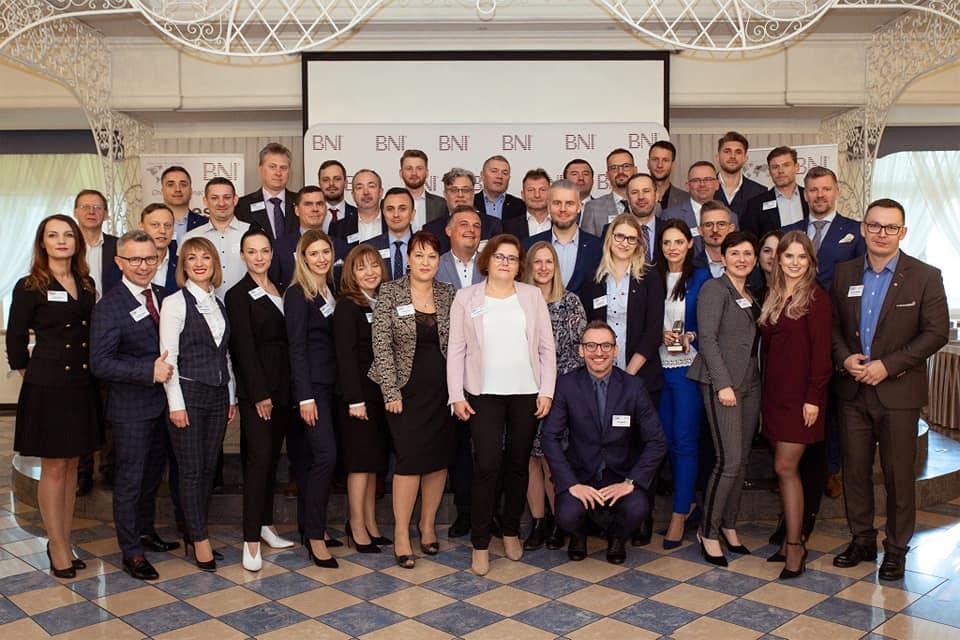 Grupa przedsiębiorców z BNI w Dworze Czarneckiego