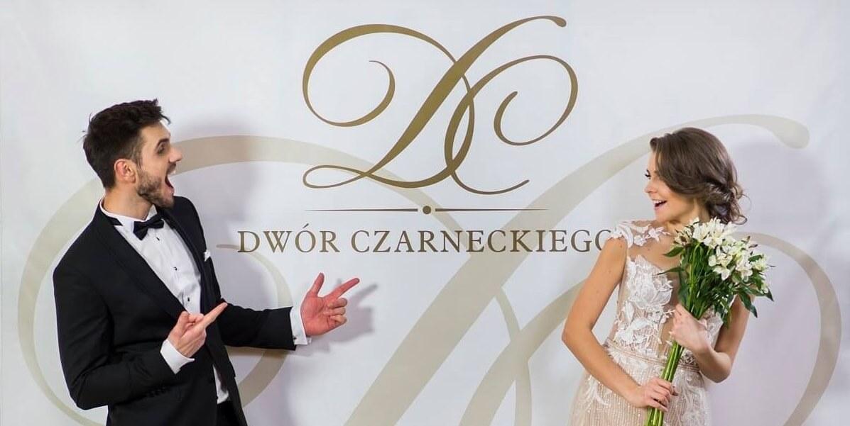 Wesele w Dworze Czarneckiego - plansza reklamowa