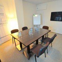 Kameralna sala spotkań dla biznesu