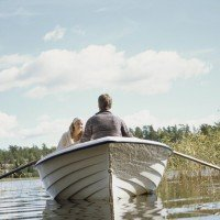 couple_love_romance_river_boat_nature_relaxation_80552_3840x2400.jpg