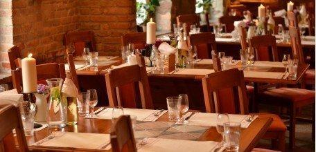restauracja-karczma-chelminska-sala1.jpg