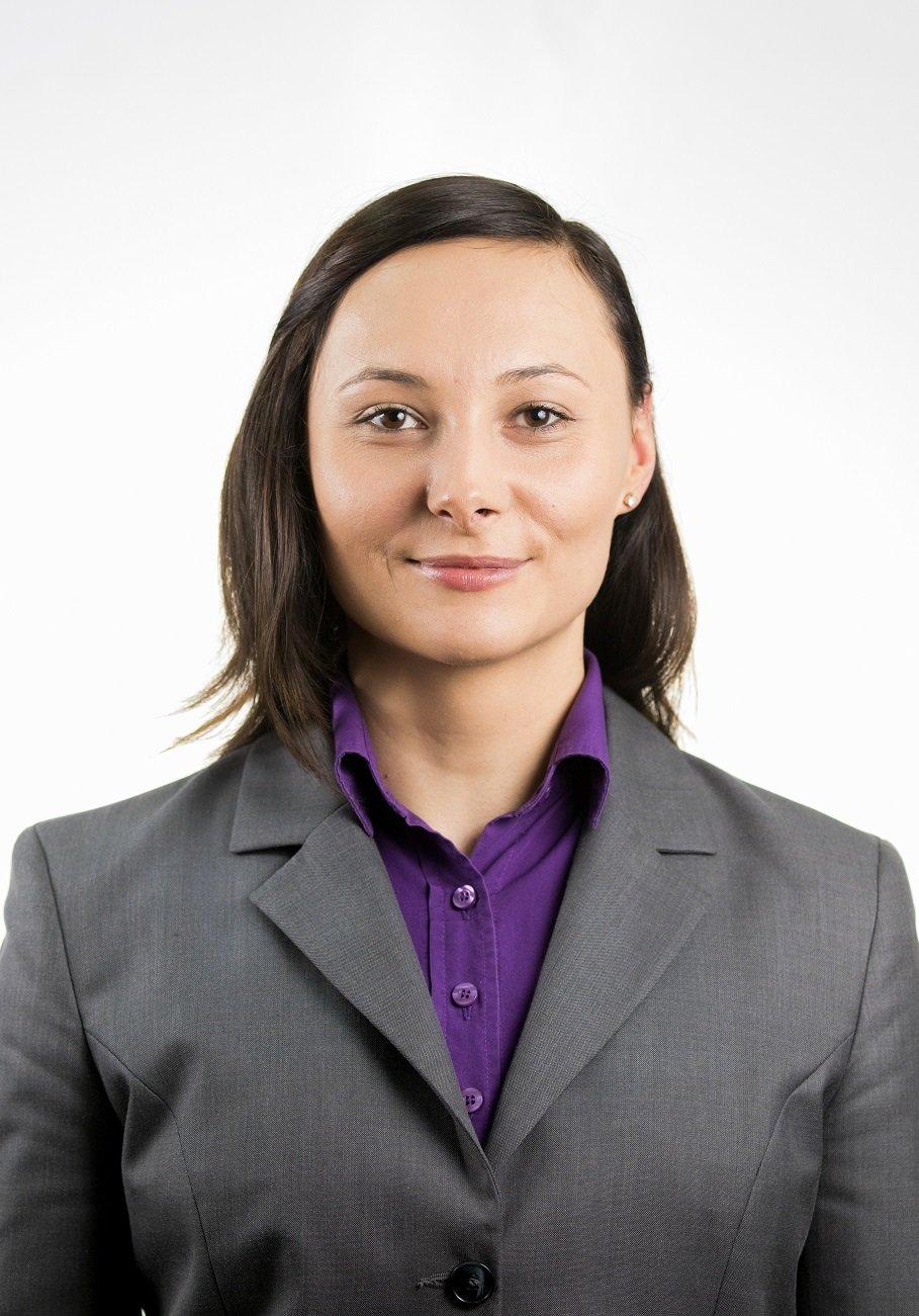 dominika-gurgul-specjalistka-ds-sprzedazy-kasprowy