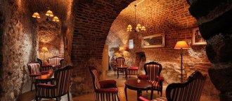 bar_hotel_santi_krakow.jpg