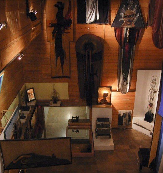 Mr. W. Hasior Gallery