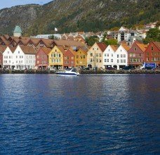 stockfresh_1101742_bergen-norway_sizeM_69748f.jpg