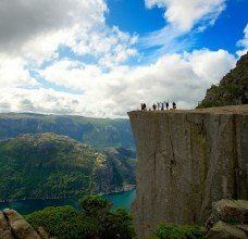 stockfresh_4300435_people-at-preikestolen-norway_sizeM_3131f6.jpg