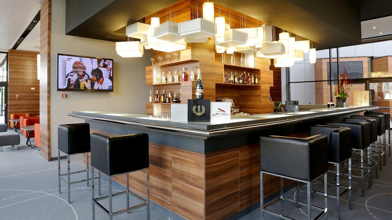 Enjoy A Gourmet Coffee Or A Refreshing Drink At The Hotelu0027s Charming ONE U0026  ONLY Bar.