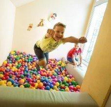 pokój z kulkami dla dzieci